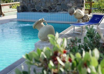 Swimming-Pool-ischia-retreat